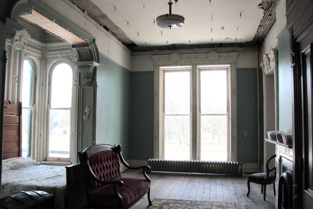 Dole Mansion, solo exhibit, chicago, contemporary art, modern art, installation art, belgin yucelen, sculptor, installation artist, textile art